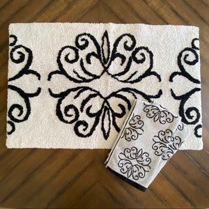Dwell For Target Bath Mat & 2 Matching Hand Towels